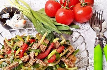 Bahoriy salat - ishtahangiz ochilib, vitaminga to'yinasiz!