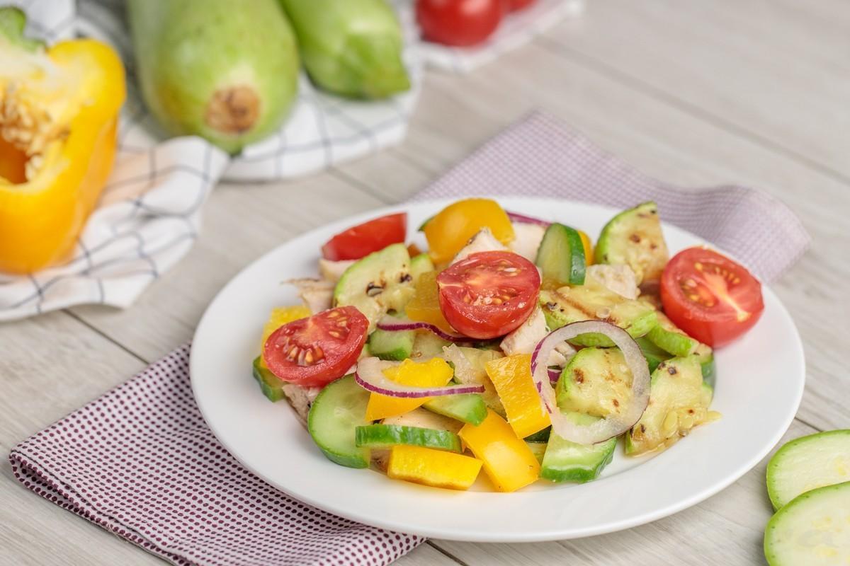 Tovuq va qovoqchadan salat